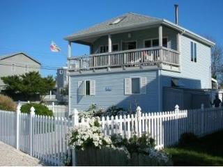 Perfect House with Internet Access and A/C - Surf City vacation rentals