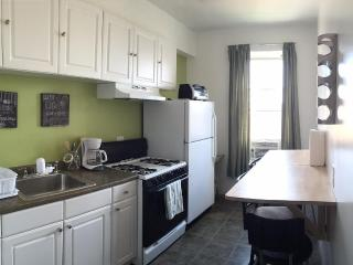 Comfortable Condo with Internet Access and A/C - Howard Beach vacation rentals
