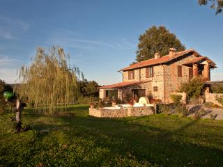 Countryside House on Working Italian Farm - Casale Giardino - Acquapendente vacation rentals