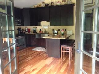 Perfect 2 bedroom Cottage in Sitka with Deck - Sitka vacation rentals