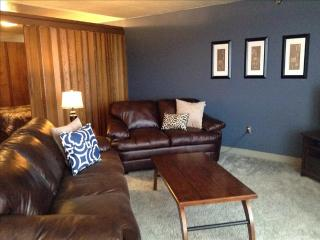 Comfortable 2 bedroom House in Sitka with Internet Access - Sitka vacation rentals