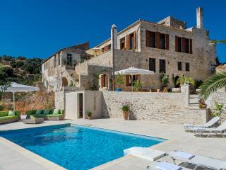 Village House on the Island of Crete - Villa Maroulas - Maroulas vacation rentals
