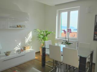 Beautiful Apartment in Portovenere Accessible to Cinque Terre - Casa Porto - Portovenere vacation rentals
