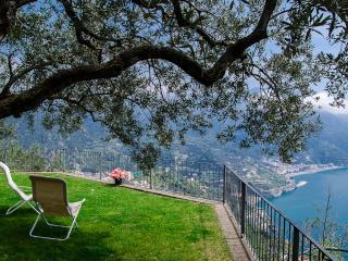 Villa in Ravello with Panoramic Views   - Villa Iris - Ravello vacation rentals