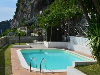Amalfi Coast Villa with Pool and Views - Villa Laila - Amalfi vacation rentals