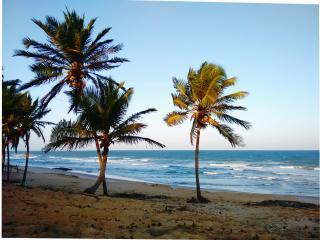 Suíte 1, Pousada Praia de Santo Antônio - B&B - Costa Do Sauipe vacation rentals