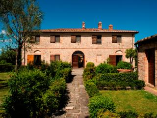 Historic Tuscan Villa with Cottage with Private Pool and Tennis Court - Villa Duca and Cottage - Monteroni d'Arbia vacation rentals