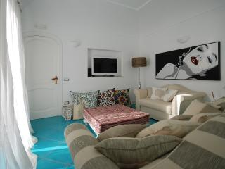 Modern Apartment with Ocean Views in Positano  - Casa Tea - Positano vacation rentals