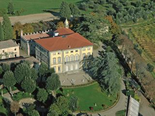Luxury Villa Rental Near Siena - Villa Senese - Ponte a Bozzone vacation rentals