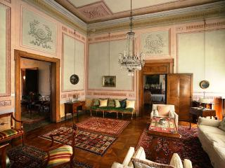 Large Palazzo on Grand Canal in Venice   - Canaletto - Venezia vacation rentals