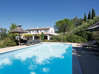 Family-friendly Villa with Pool in Saint-Remy-de-Provence  - Villa Adelaide - Saint-Remy-de-Provence vacation rentals