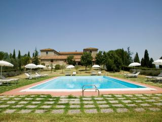 Farmhouse with Private Pool and Beautiful Views in Southern Tuscany - Villa Marzio - San Quirico d'Orcia vacation rentals