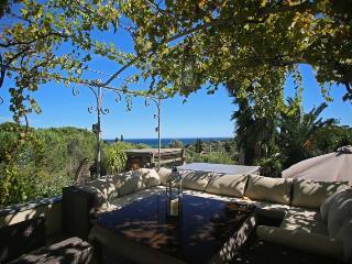 Elegant French Riviera Villa with Pool, Jacuzzi and Sea Views - Villa Lila - Saint-Tropez vacation rentals