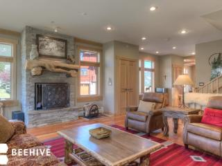 Luxury Spanish Peaks with Max Amenities - Huntley vacation rentals