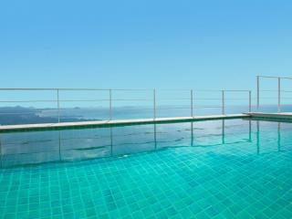 FABULOUS OCEAN VIEW VILLA - Chaweng vacation rentals