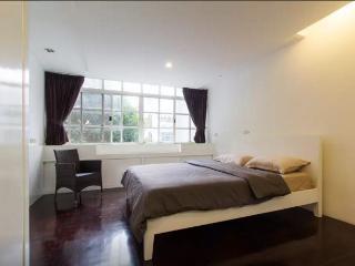 Townhouse SATHORN LUMPINI 4Bedrooms - Bangkok vacation rentals