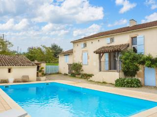 Beautiful House with DVD Player and Private Outdoor Pool - Lacapelle-Biron vacation rentals