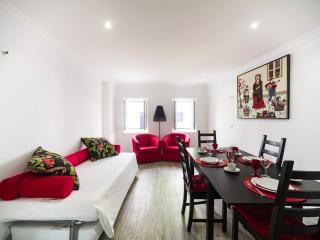 Castle Inn Lisbon FADO - Lisbon vacation rentals