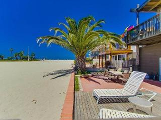 Tropical Home In South Mission Beach With Very Large Ground Floor Patio - San Diego vacation rentals