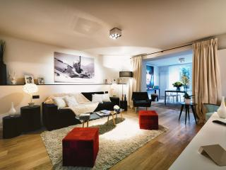 NEW Elegant Apartment Studio in the Châtelain Area - Saint-Gilles vacation rentals