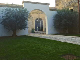 B&B Antica Dimora Giardini Segreti - Giuggianello vacation rentals