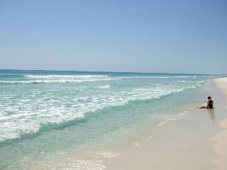 Perfect Location - Two Pools, Saunas, Tennis Courts, One Beach! - Fort Walton Beach vacation rentals