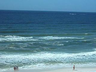 New to our Program!! Huge 2 bedroom condo! - Fort Walton Beach vacation rentals