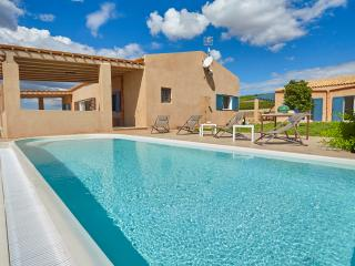 Holiday villa with pool in Menfi - Menfi vacation rentals