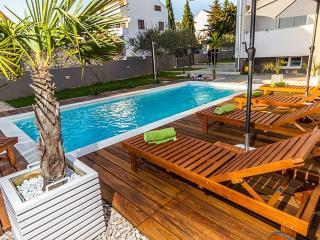 **** Holiday apartment 2 Villa Biograd with pool - Biograd na Moru vacation rentals