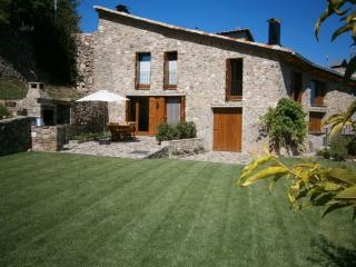 Nice 4 bedroom Salas de Pallars House with Internet Access - Salas de Pallars vacation rentals