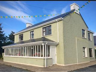 Comfortable 5 bedroom Gaoth Dobhair (Gweedore) House with Satellite Or Cable TV - Gaoth Dobhair (Gweedore) vacation rentals