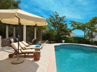 Seaview VIKI 1 apartment with pool, OKRUG GORNJI - Okrug Gornji vacation rentals