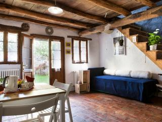 Il Giardino Segreto (stanza Calendula) - Cison Di Valmarino vacation rentals