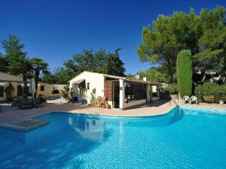 2 bedroom Cottage with Internet Access in Murviel-les-Beziers - Murviel-les-Beziers vacation rentals