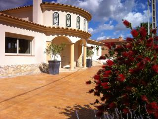 4 bedroom House with Television in Olivella - Olivella vacation rentals