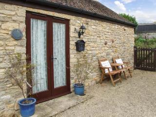 CIDER BARN COTTAGE, romantic cottage, countryside, parking, walks and cycling, Bredon's Norton, Ref. 925951 - Bredons Norton  vacation rentals