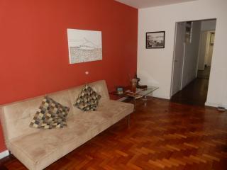 COPA 2Bdr (1 ensuite) BEACH BLOCK - Rio de Janeiro vacation rentals