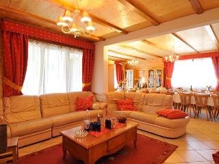 Nice Chalet with Internet Access and Wireless Internet - La Chapelle-D'Abondance vacation rentals