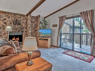WIFI/PVT HOT TUB/LAKE/HEAVENLY/CASINOS NEAR,COZY! - Stateline vacation rentals