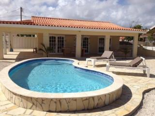 Casa Dreamy , lovely beautiful house - Noord vacation rentals