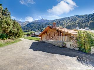 2 bedroom House with Housekeeping Included in La Clusaz - La Clusaz vacation rentals