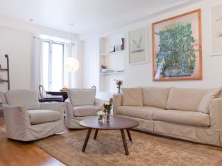 Gorgeous & Spacious 1 Bed 2 Bath - New York City vacation rentals