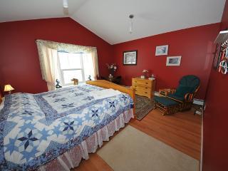Red room - Valemount vacation rentals