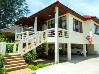 WH: 2 bedroom house on the beach - Lipa Noi vacation rentals