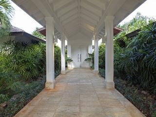Magnificent White Villa in Casa de Campo - La Romana vacation rentals