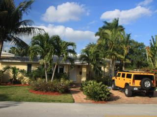 Villa Tropical Oasis heated pool tropical garden - Fort Lauderdale vacation rentals