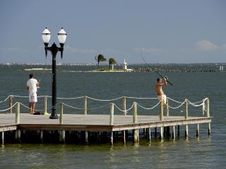 Temporada: Casa na Lagoa, Região dos Lagos, RJ - Iguaba Grande vacation rentals