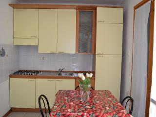 Bright 1 bedroom Condo in Eraclea Mare with Television - Eraclea Mare vacation rentals