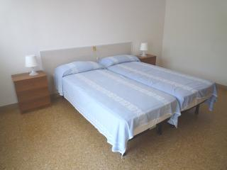 Charming Apartment with Television and Microwave in Eraclea Mare - Eraclea Mare vacation rentals