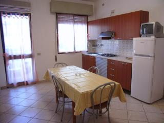 Cozy Eraclea Mare Apartment rental with Television - Eraclea Mare vacation rentals